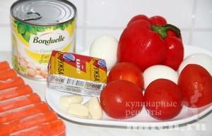 salat-s-krabovimy-palochkamy-i-pomidoramy-letnie-brizgy_2 (300x193, 67Kb)