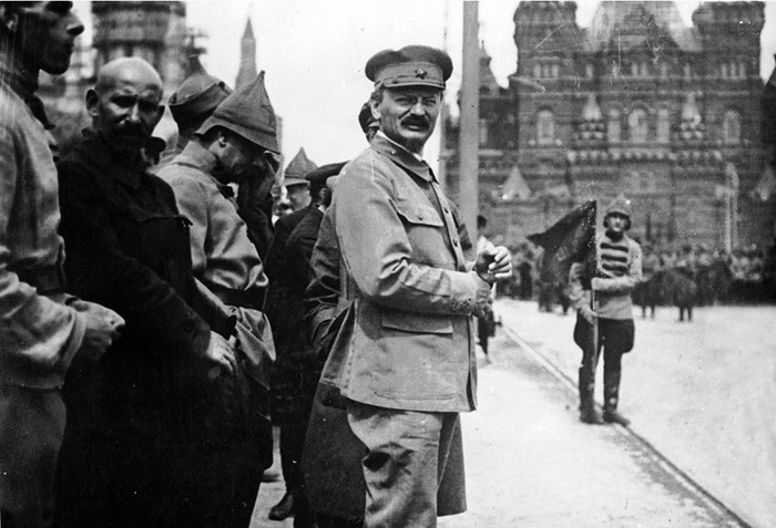 Что сделал Троцкий для Советской России?