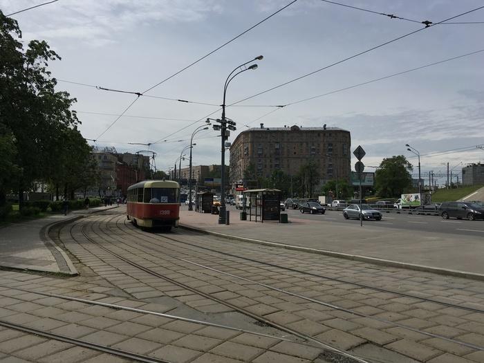 Начало Варшавки (700x525, 133Kb)