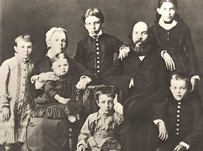 Как сложилась судьба братьев и сестер Ленина?