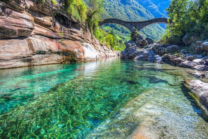 река Верзаска швейцария 12 (700x466, 507Kb)