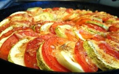 zapekanka-uz-kabachkov-u-pomidorov-s-surom (407x252, 274Kb)