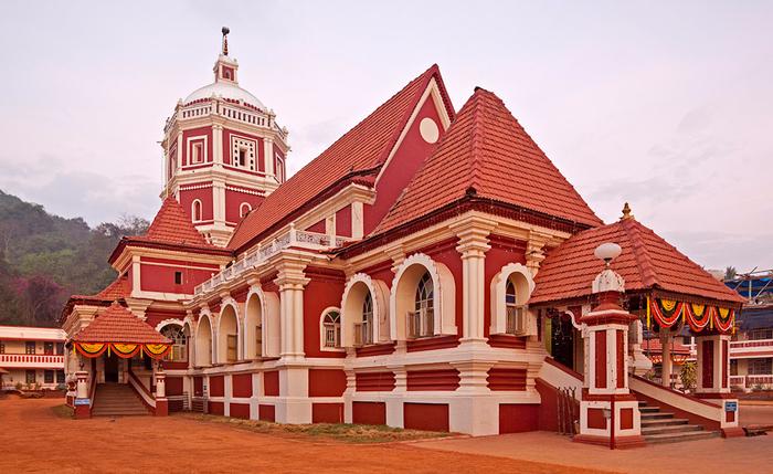 shantadurga-kavalem-temple-1 (700x429, 366Kb)