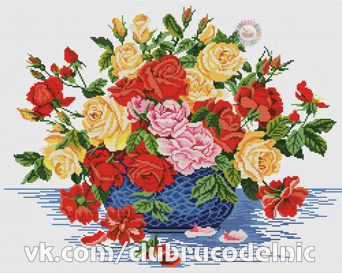 Roses in a blue bowl (700x560, 630Kb)