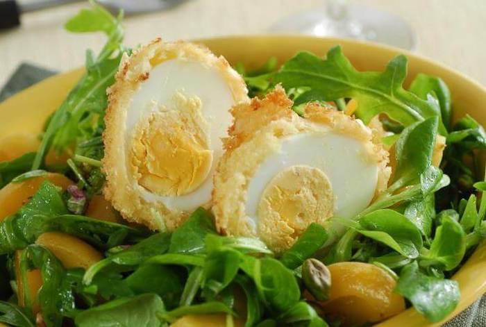 salat-iz-zeleni-s-abrikosami-i-yaicom (700x471, 41Kb)