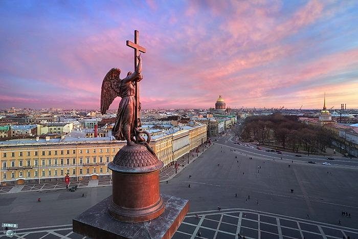 Александровская колонна. (700x467, 330Kb)