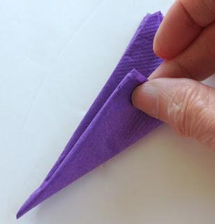 Хризантемы из бумажных салфеток (7) (308x320, 53Kb)