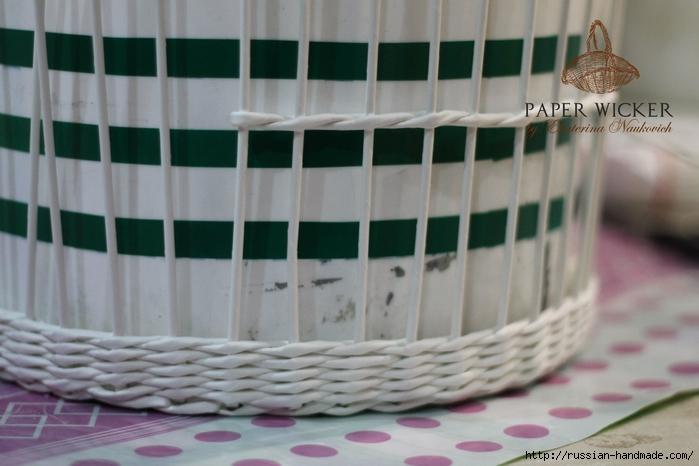 Плетение из газет. Клетка для птички (6) (700x466, 201Kb)