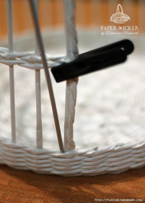 Плетение из газет. Клетка для птички (12) (500x700, 212Kb)
