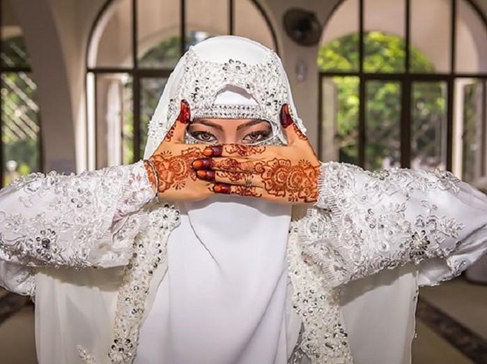 Красивые мусульманские невесты в хиджабе