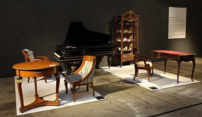 Покинутый дом: Кунсткамера московских роялей