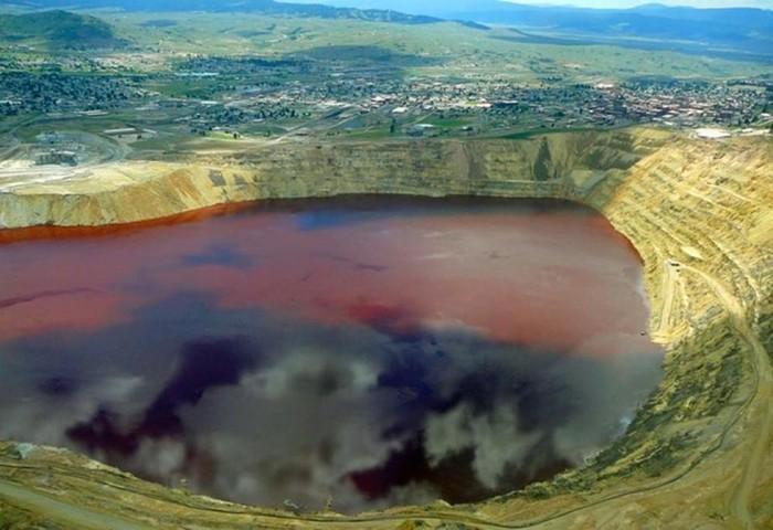Как выглядит самое ядовитое озеро в мире