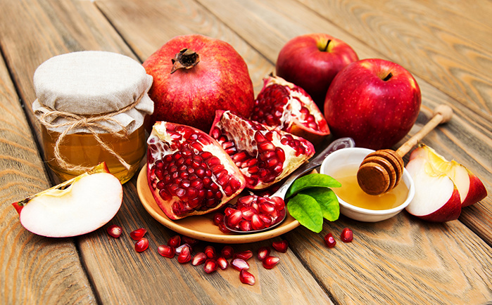 1868538_Fruit_Pomegranate_Apples_508193 (700x434, 229Kb)