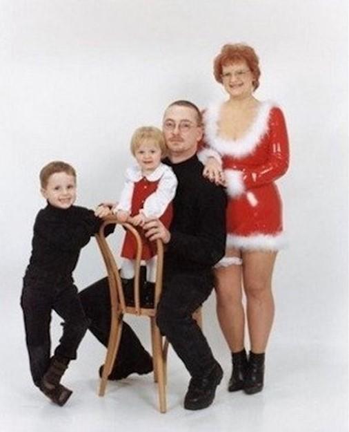 Самые неудачные фотографии из забытых семейных альбомов, которые заставят вас хохотать!