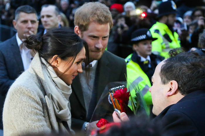 prince-harry-meghan-09jan18-23 (700x466, 351Kb)