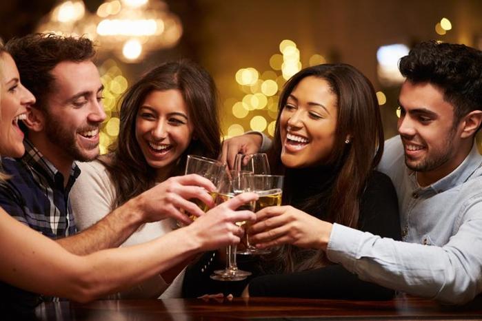 Почему людям нравится алкоголь?