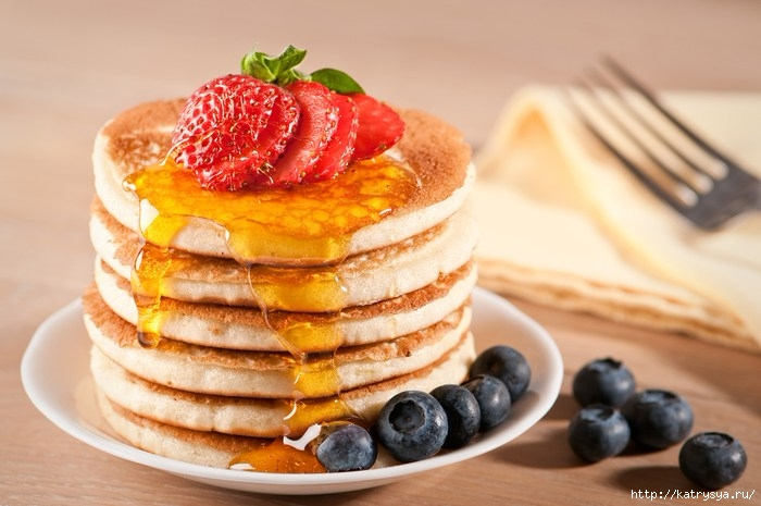 make-american-pancakes-breakfast-6-steps-afrocosmopolitan.com-food-and-recipes (700x465, 186Kb)