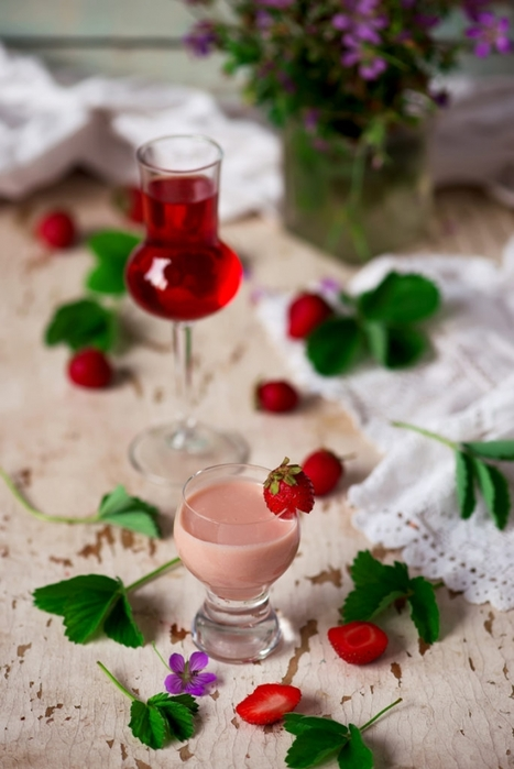 4087391_strawberrycreamliqueur_2copy684x1024 (467x700, 191Kb)