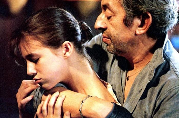 Мила Йовович и другие актрисы, сыгравшие в ceкcуальных сценах до совершеннолетия