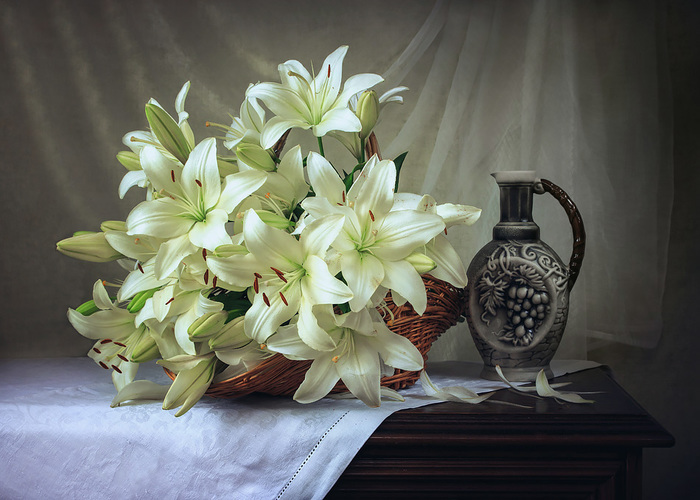133045783_still_life_with_lilies_by_daykineyda9fzuy (700x500, 135Kb)