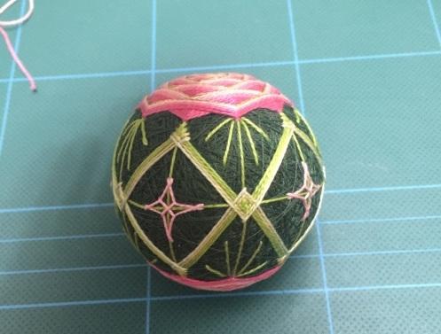 Японский шар темари с розой (17) (497x377, 131Kb)