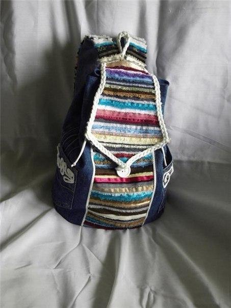 Рюкзачок из джинсовой ткани и кромок ткани