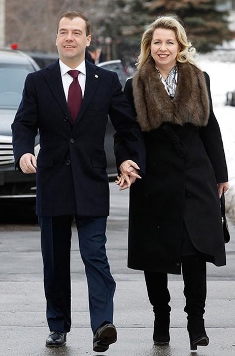 Знаменитые пары, которые познакомились еще в юности