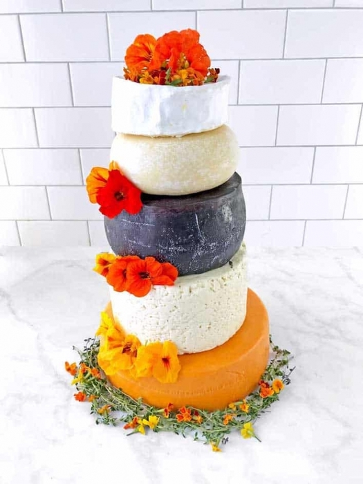 3726595_CheeseLoverCelebrationCake01_1_ (525x700, 192Kb)