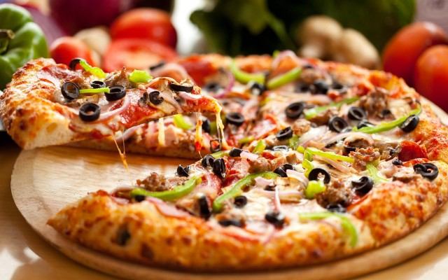 3fcbf716pizza (640x400, 73Kb)