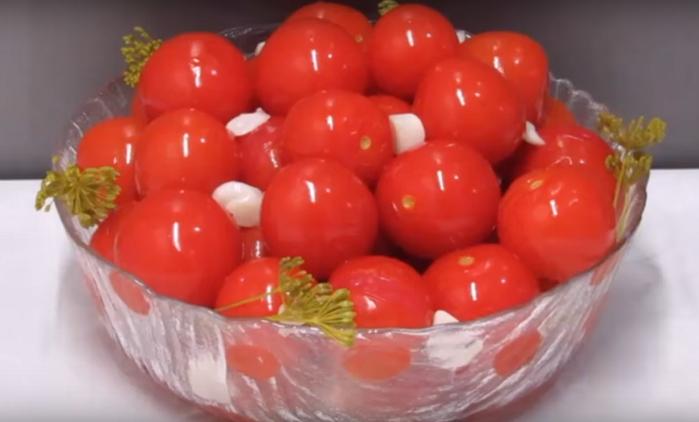 5239983_pomidori_Cherri (700x422, 323Kb)