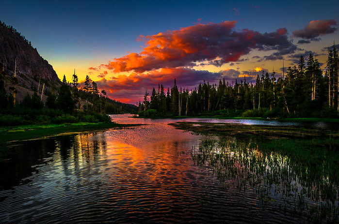 twin-lakes-sunset-mammoth-lakes-california-scott-mcguire (700x463, 466Kb)