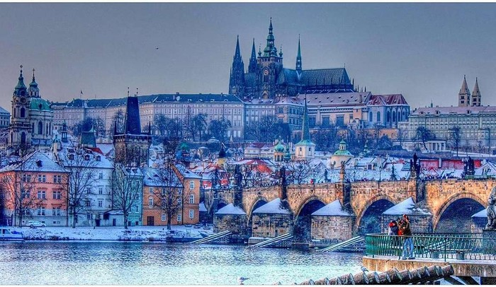 3509984_1533_Prague_in_January1 (700x406, 121Kb)