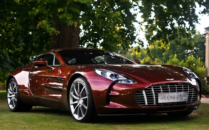 avtomobili-aston-martin-one-77 (700x437, 277Kb)