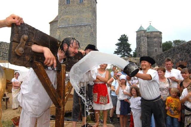 праздники и фестивали в замке Столпен 47810