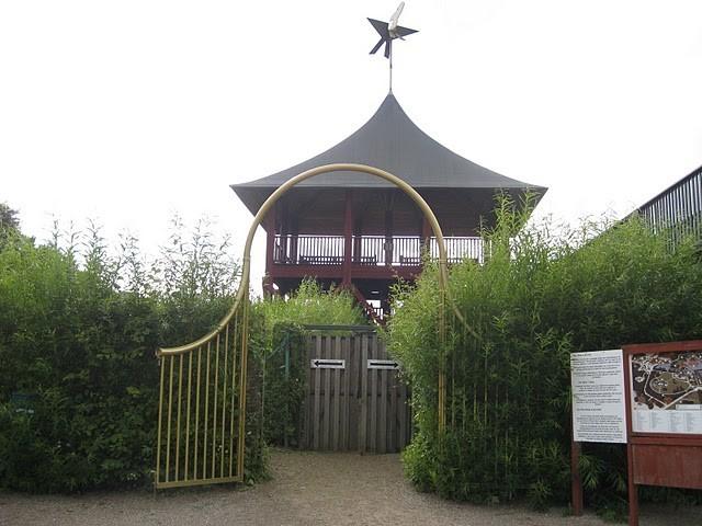 Эгесков или Эгешков (дат. Egeskov Slot) 86998