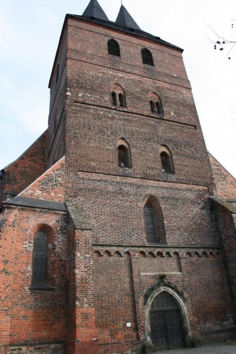 Крепость Делич (нем. Burg Delitzsch) 56394