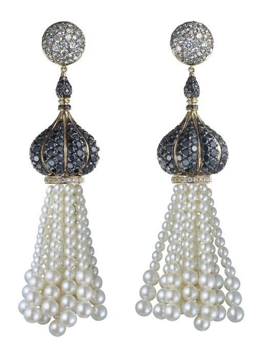 """Серьги """"Godron"""": желтое золото, бриллианты, черные бриллианты, жемчужины"""