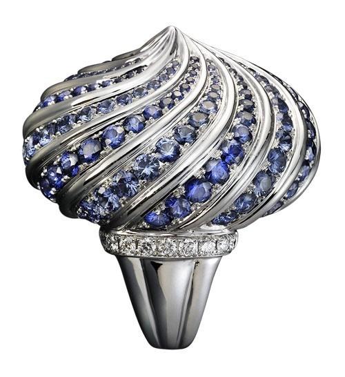 """Кольцо """"Екатерина"""": Белое золото, бриллианты, пастельные и синие сапфиры"""