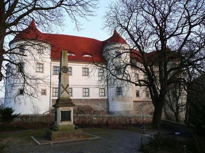 Замок Носсен (нем. Schloss Nossen) 26941