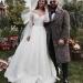 Для такого особенного дня Джамала выбрала роскошное кружевное платье от грузинского дизайнера Бичолы Тетрадзе..