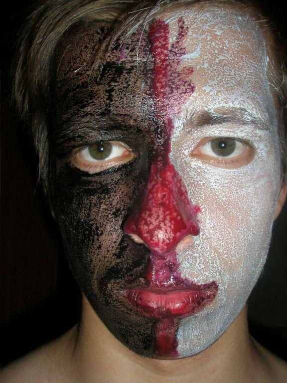 Если рисовать гуашью на лице
