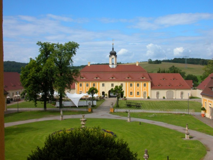 Замок Рамменау (нем. Barockschloss Rammenau) 33657