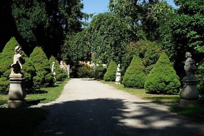 Замок Рамменау (нем. Barockschloss Rammenau) 80527