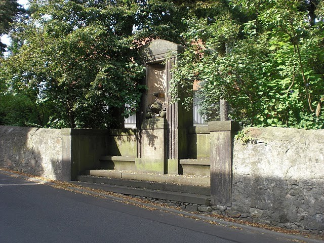 Волшебный замок Шёнфельд (нем. Zauberschloss Schoenfeld) 91041