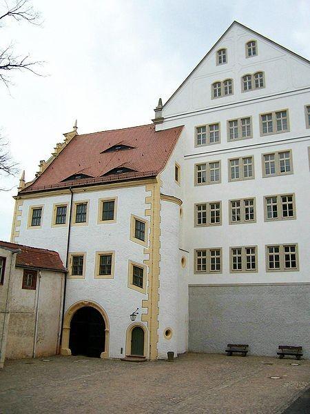 Замок Кольдиц (нем. Schloss Colditz) 45700