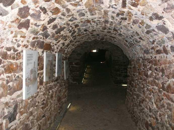 Крепость Гнандштайн (нем. Gnandstein) 92725