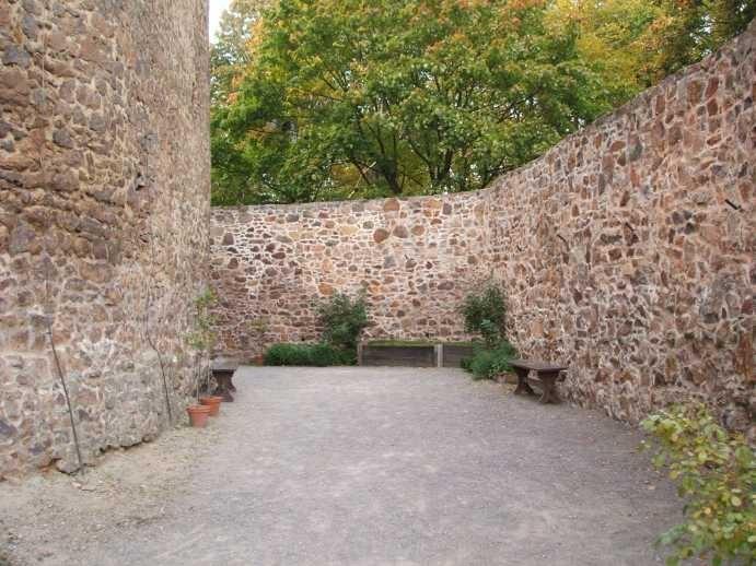 Крепость Гнандштайн (нем. Gnandstein) 37225
