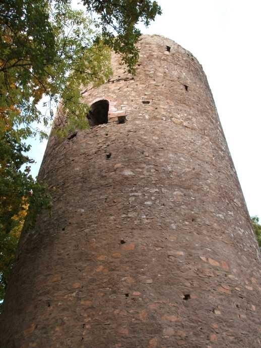 Крепость Гнандштайн (нем. Gnandstein) 73073