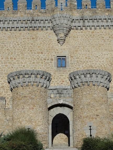 Замок в Мансанарес Эль Реал 89572