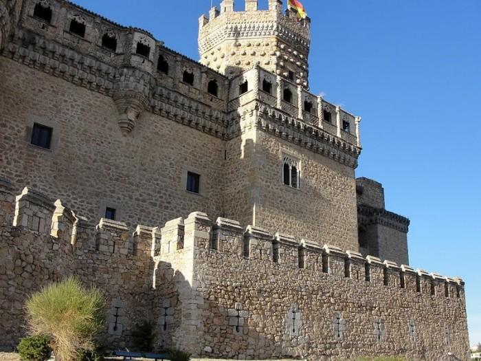 Замок в Мансанарес Эль Реал 36871
